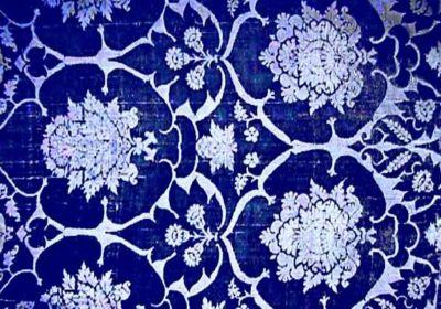 granaattiomena-kuvioinen-kangas