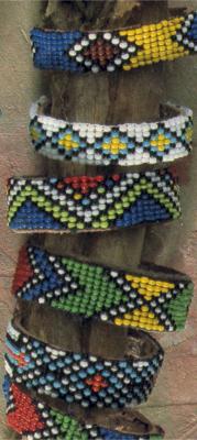 helmikudonta-rannekoru2