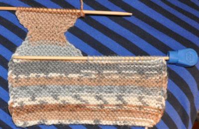 sukka-2puikolla-kantapaan-neulominen